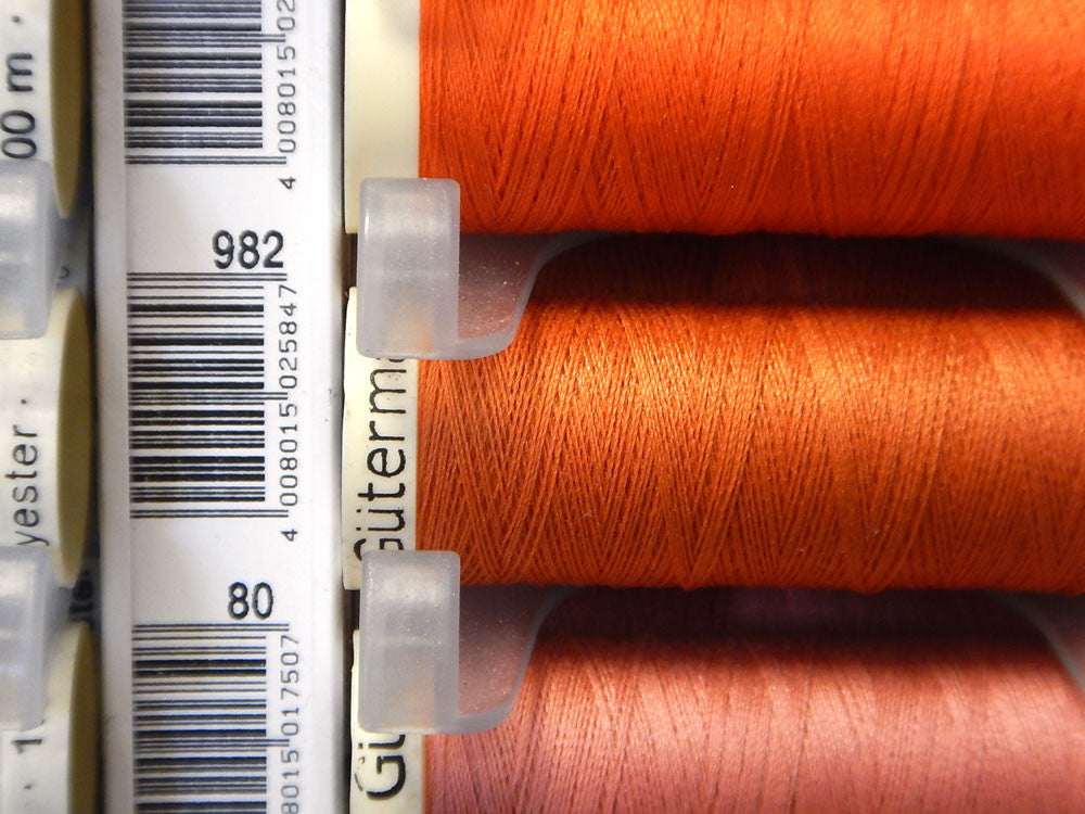 Sew All Gutermann Thread - 100m - Colour 982