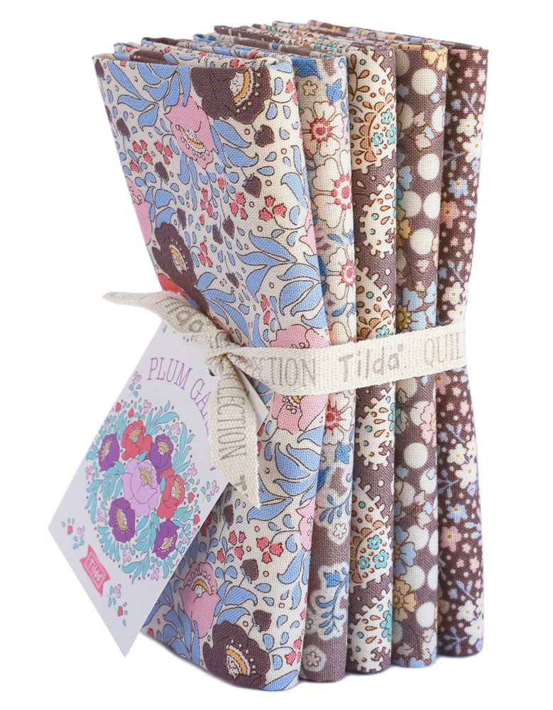 Tilda Plum Garden 5 x Fat Quarter Bundle - Nutmeg - Craftyangel