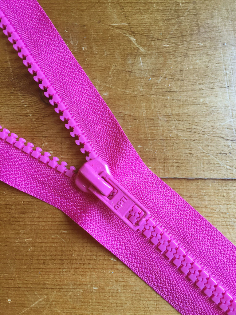 "Nylon Chunky Open Ended Zip - 14""/36cm - Cerise - Craftyangel"