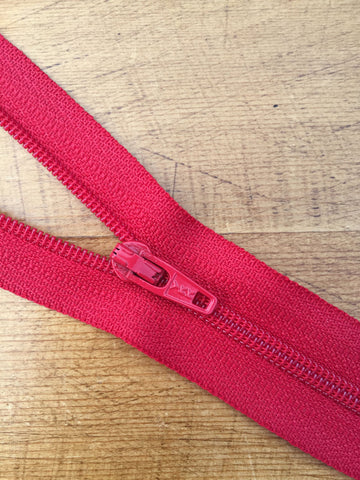 "10""/25cm Light Weight Open Ended Zip - Cerise Pink (299)"