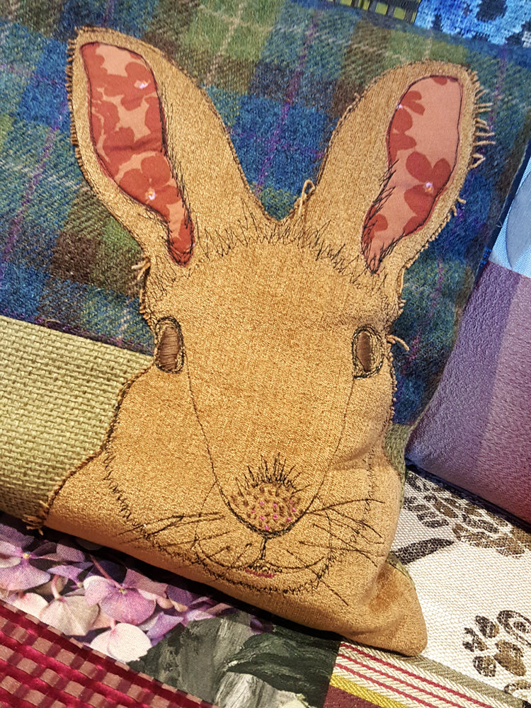 SOLD OUT Free Motion Embroidery/Winter Cushion Making workshop - with Sam Molloy [Sat 11th Nov 10.00am-4.30pm] - Craftyangel