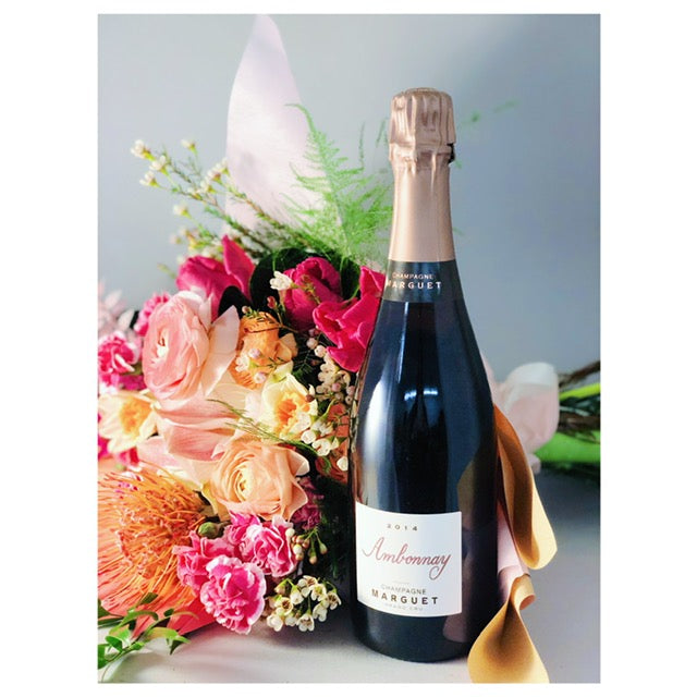 Valentine's Day Bouquet & Bottle of Wine from Domaine LA - Arrangement 1