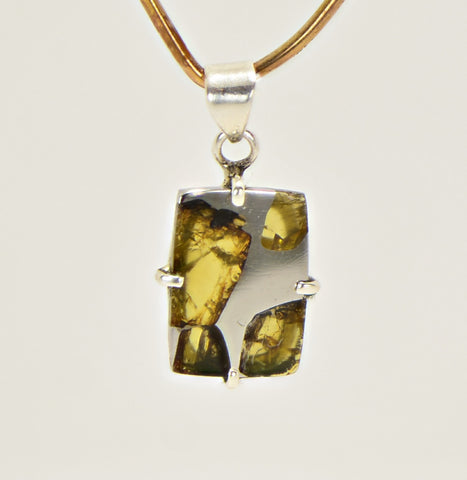 Beautiful ESQUEL Pallasite Meteorite Pendant - Jewelry