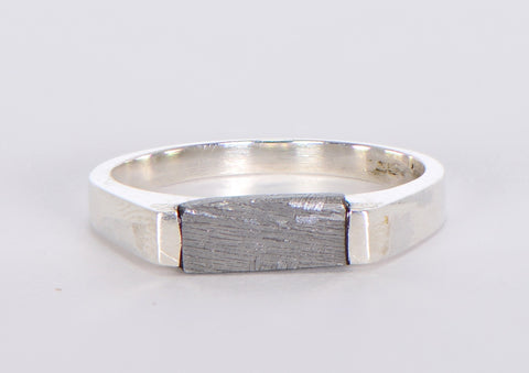 Beautiful Etched Gibeon Meteorite ring I Size 7 1/2  - Meteorite Jewelry