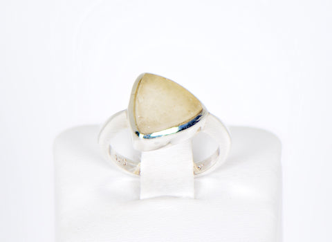 Libyan Desert Glass Beautiful Ring - Size 5.5 - Jewelry