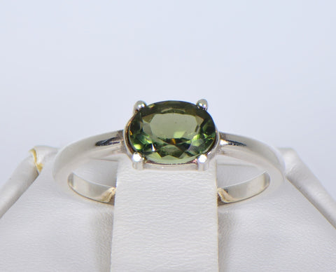 MOLDAVITE Glass Beautiful Faceted Ring - Size 5.75 - Jewelry