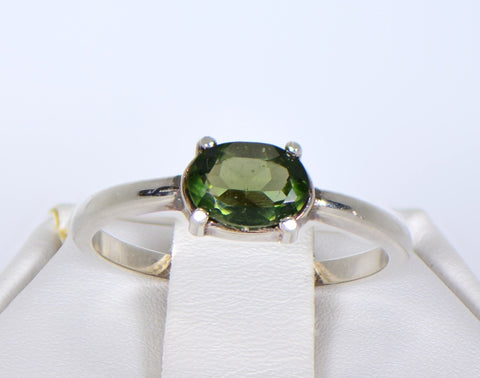 MOLDAVITE Glass Beautiful Faceted Ring - Size 6.75 - Jewelry