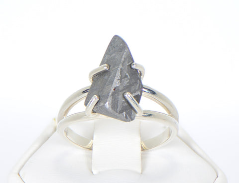 Beautiful Etched Gibeon Meteorite ring I Size 9  - Meteorite Jewelry