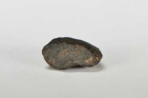 ORDINARY CHONDRITE Meteorite with FRESH CRUST 2.65g