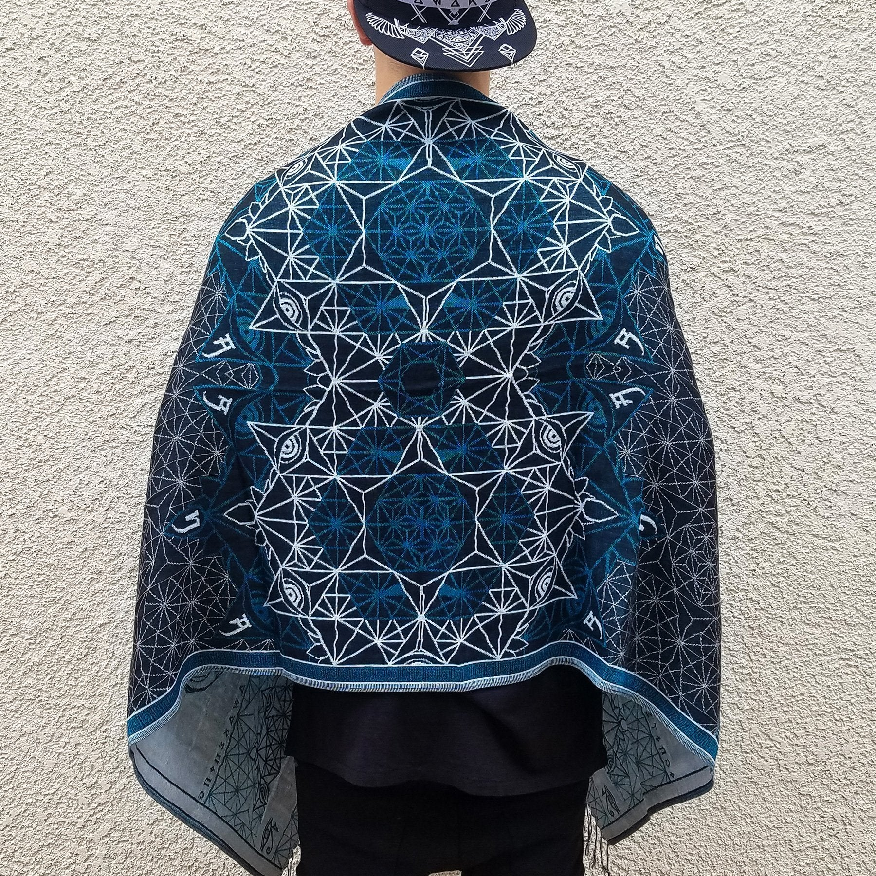 V2 DIVINITY // Turquoise // Ultra-Soft Festival Shawl