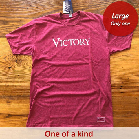 """Victory"" short-sleeved shirt - Cardinal from The History List Store"