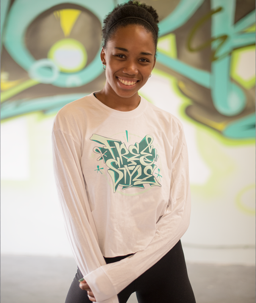 Long sleeve crop t-shirt with FREESTYLE graffiti