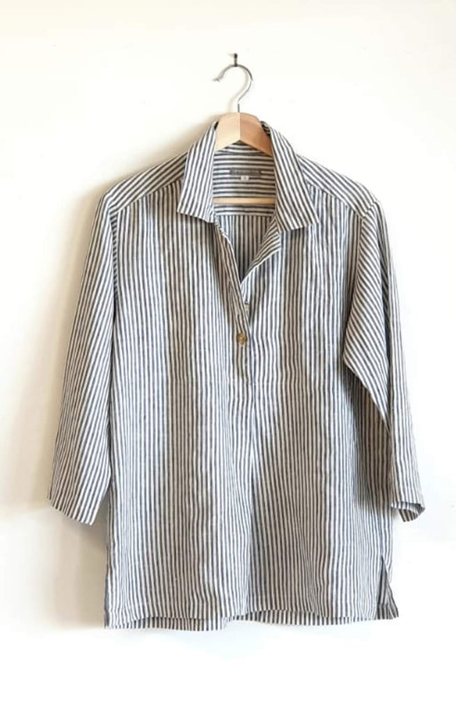 LINEN POLO SHIRT IN NAVY STRIPE