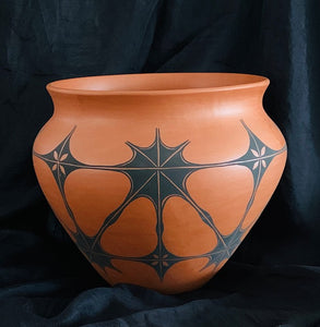 JG6 Josh Garcia Kewa red clay pot