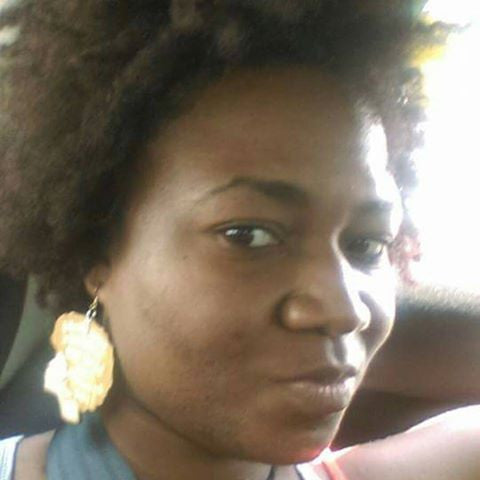 I don't need a relaxer my hair aint stressed out earrings | Queen Nashaya