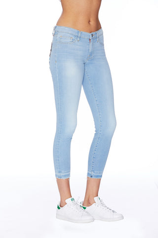 EM2081 SKY BLUE- SKINNY EYE EMBROIDERY  - Etienne Marcel Denim
