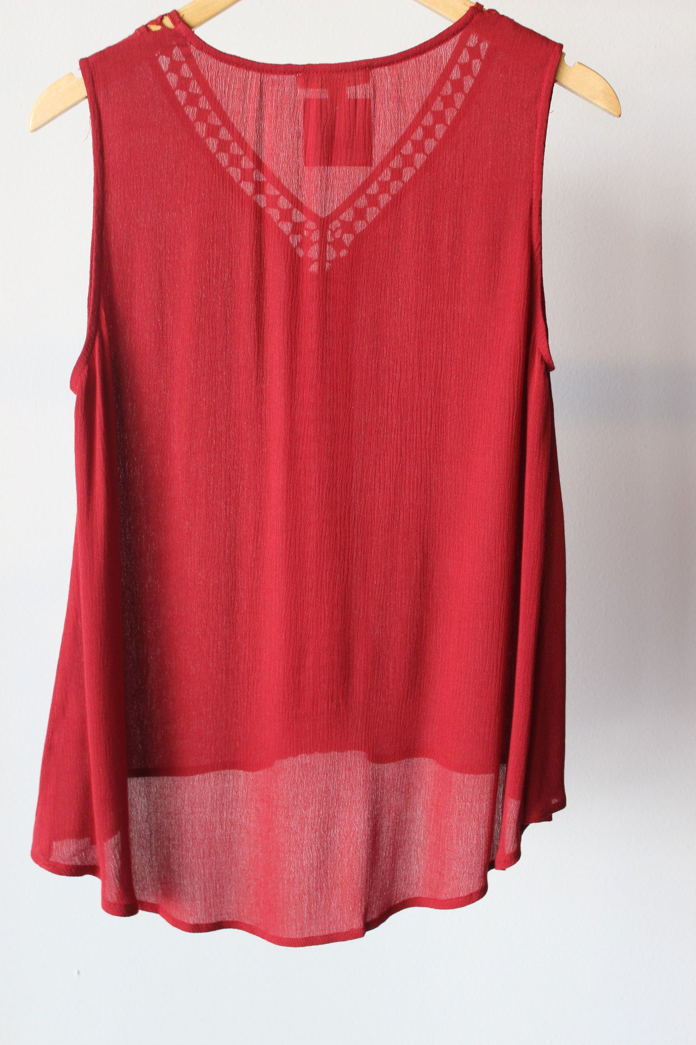 S/L Vneck High-Low Blouse