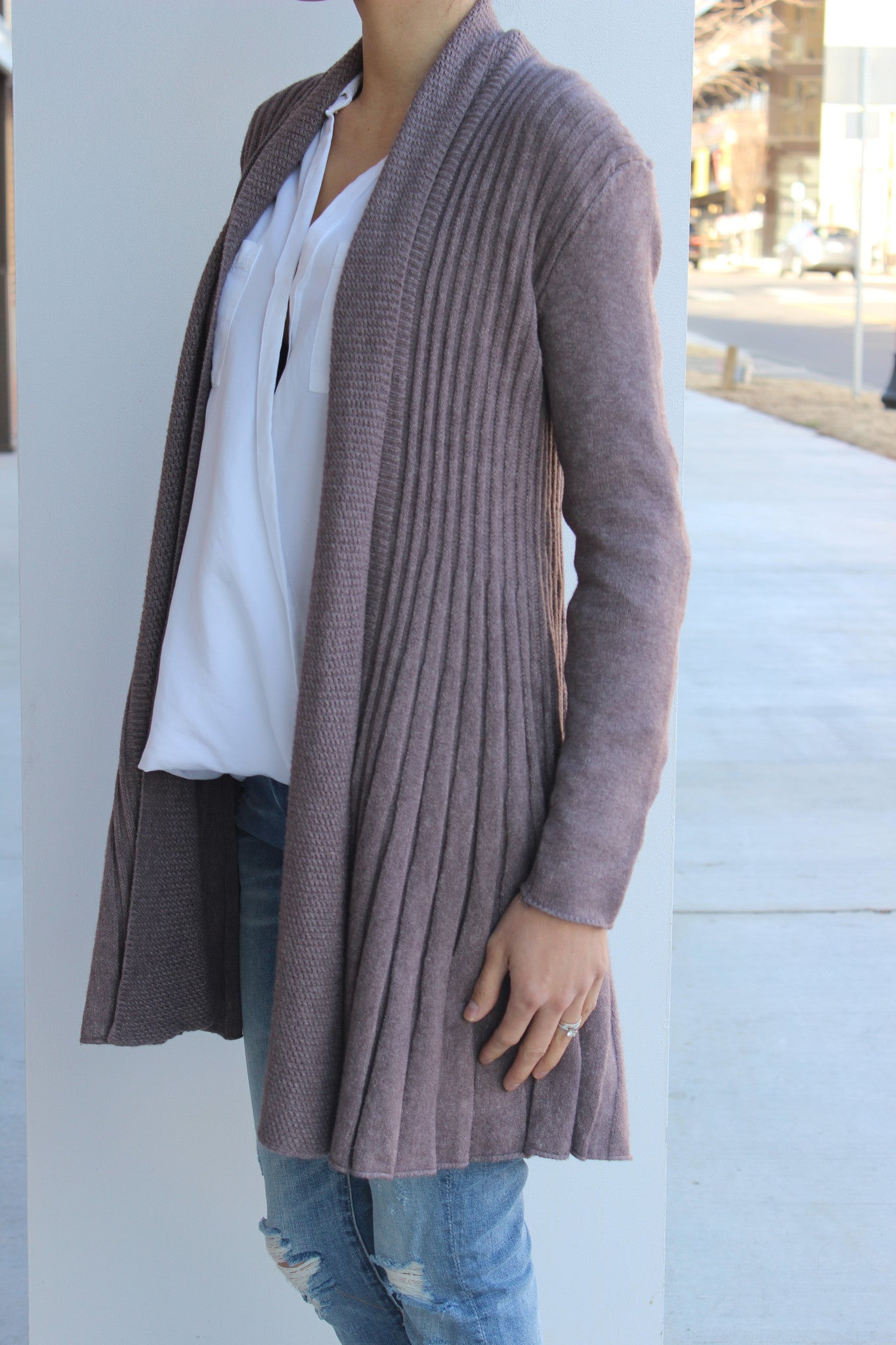 Bottom Flair Cardigan