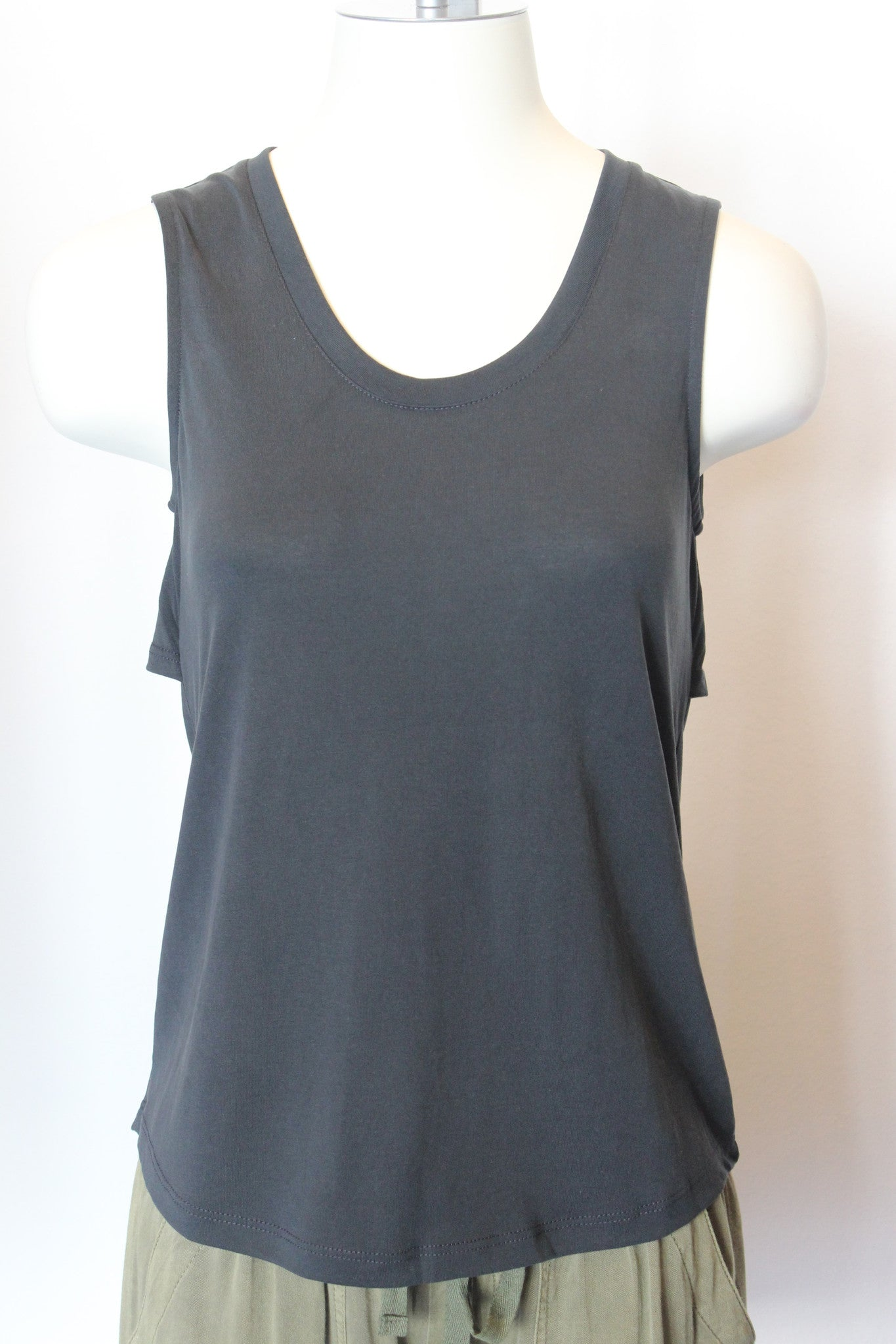 S/L Top w/Back Cutouts
