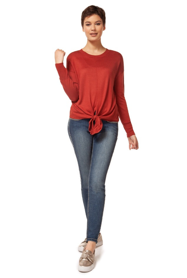 LS Scoopneck Tie Front Knit Top