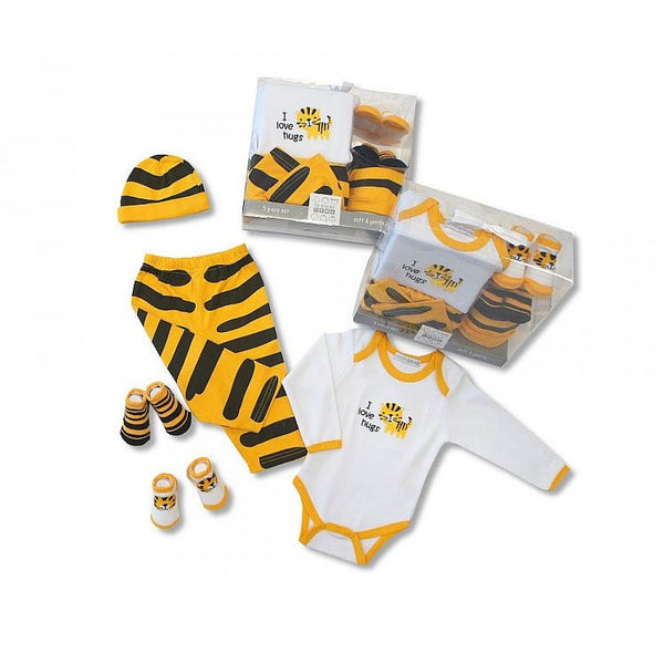 Baby 5 piece tiger gift set. For either a girl or boy. Newborn-3 months - hanrattycraftsgifts.co.uk