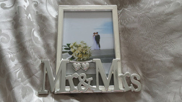 mr & mrs frame with harts 6 x 4 - hanrattycraftsgifts.co.uk