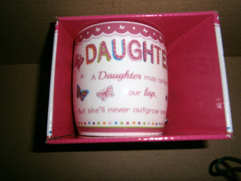 """Daughter"" Sentimental Pink Butterfly Ceramic Mug with Presentation Box - hanrattycraftsgifts.co.uk"