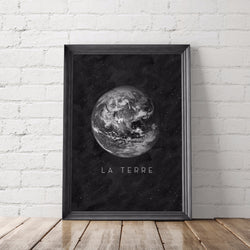 La Terre Earth Art Printable - Little Gold Pixel