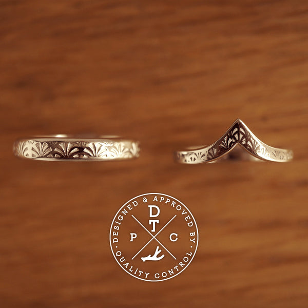 Tailor-made 18K White Gold Wedding Bands, pattern design