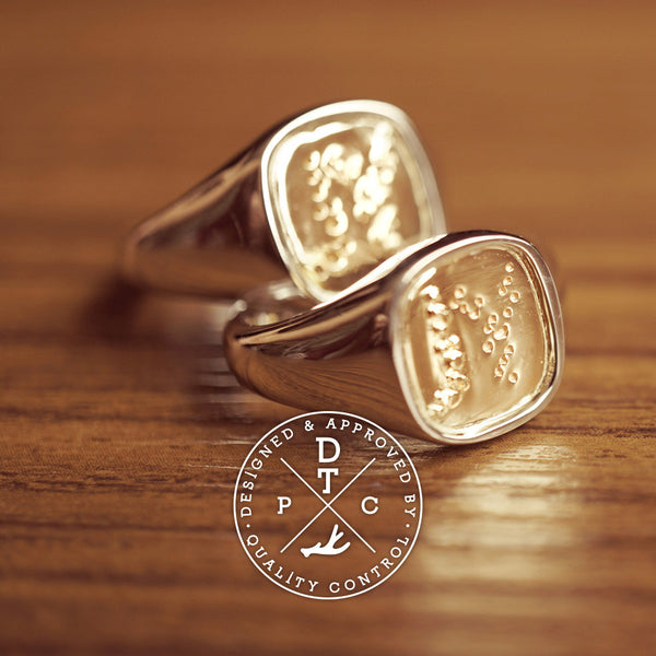 Tailor-made Initial Signet ring