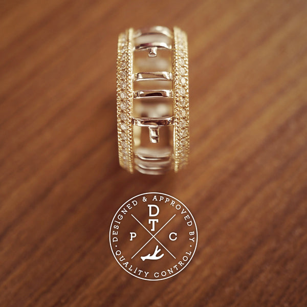 Tailor-made 18K white and yellow gold ring
