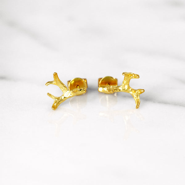 Small antler earrings in Yellow Gold