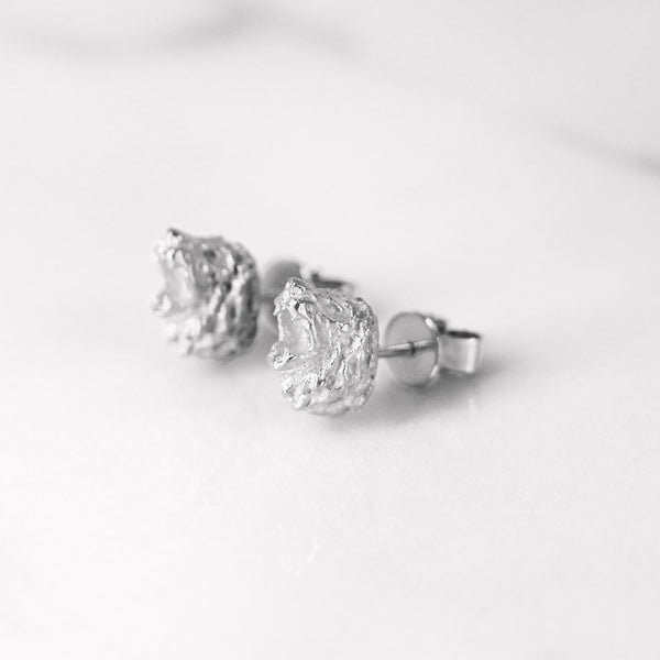Da Lion Earring - White Gold