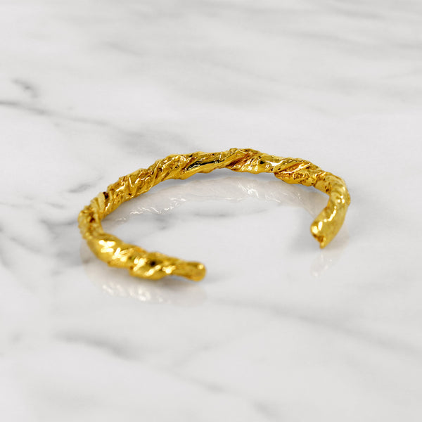 Statement yellow gold paper bangle