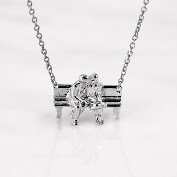 Da Sitting Couple Pendant - White Gold
