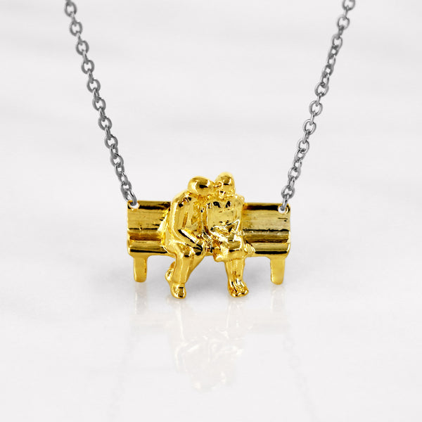 Da Sitting Couple Pendant - Yellow Gold