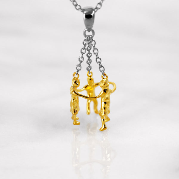 Da Playing Children Pendant - Yellow Gold