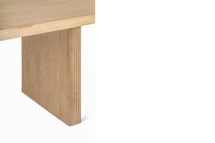 RYGA DINING TABLE