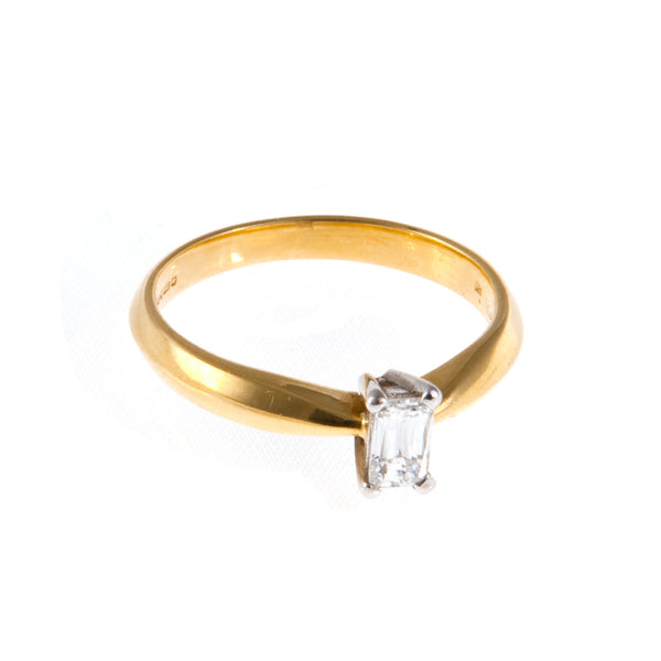 18ct Yellow Gold Diamond Solitaire, 0.30ct