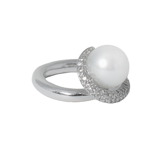 18ct White Gold, Diamond & Pearl Ring, 0.94ct