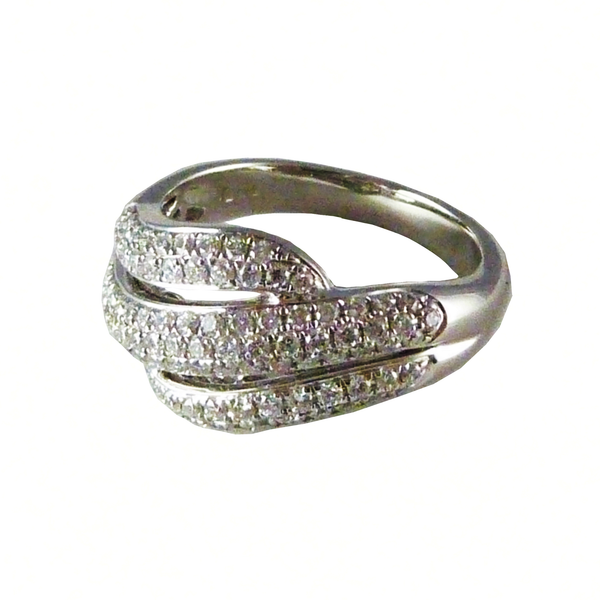 18ct White Gold & Diamond Ring, 0.82ct