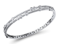 18ct White Gold & Diamond Bangle, 1.02cts