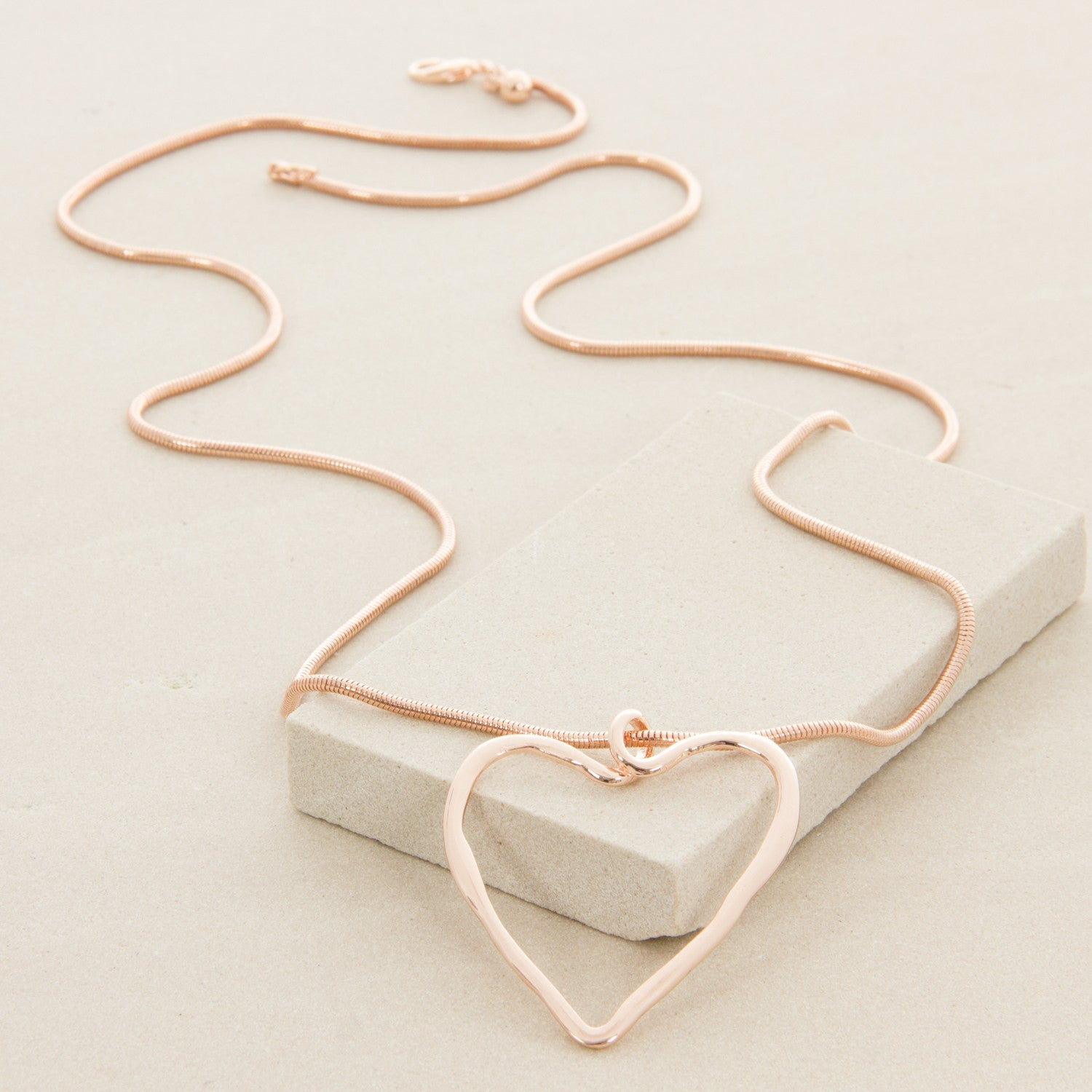 Long Pendant Heart Necklace - Japri