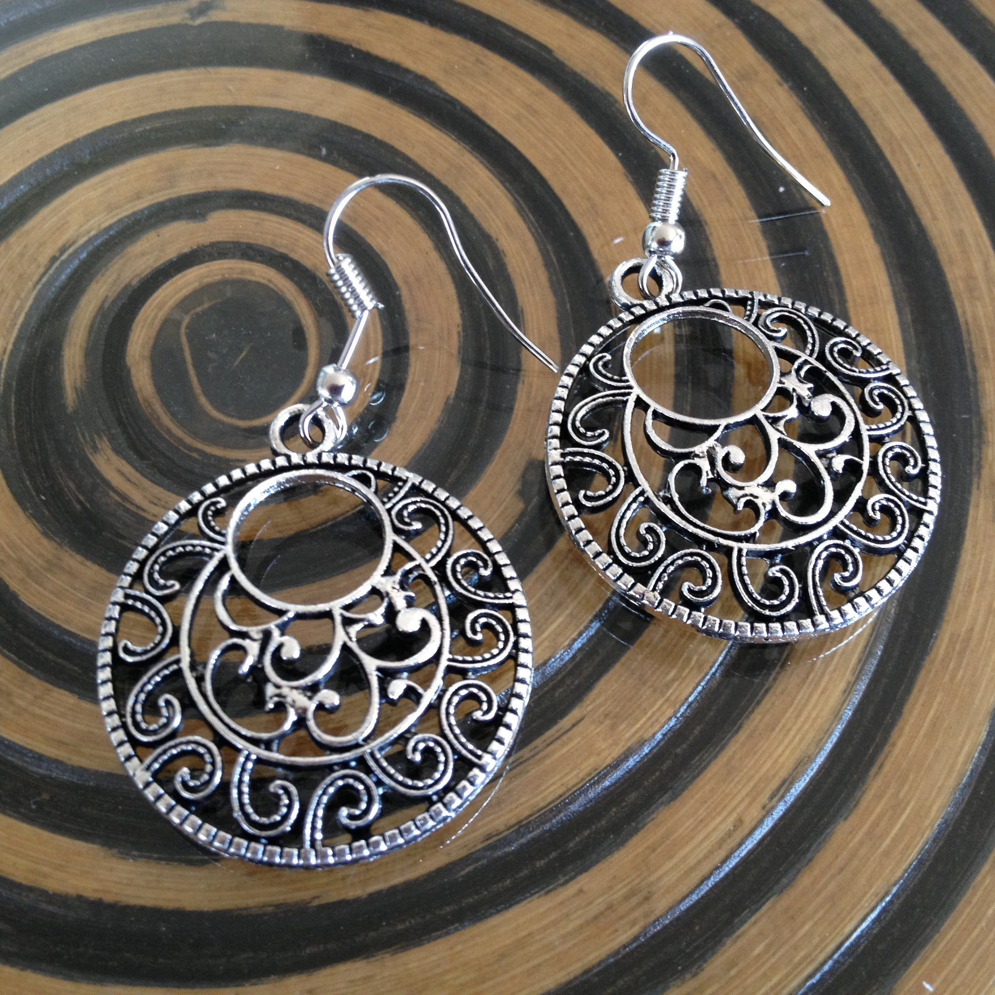 Round Filigree Earrings - Japri