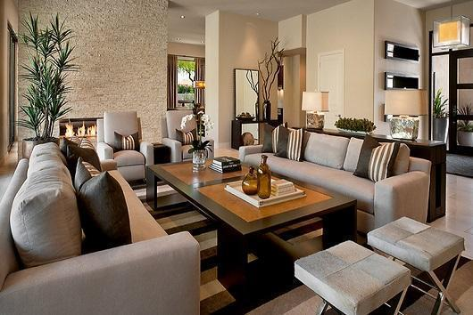 5 Ways to Make your Living Room More Welcoming