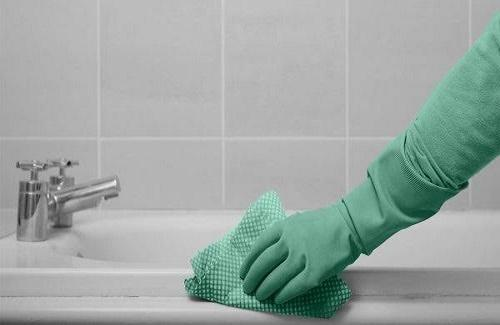 Bathtubs cleaning hacks you should try