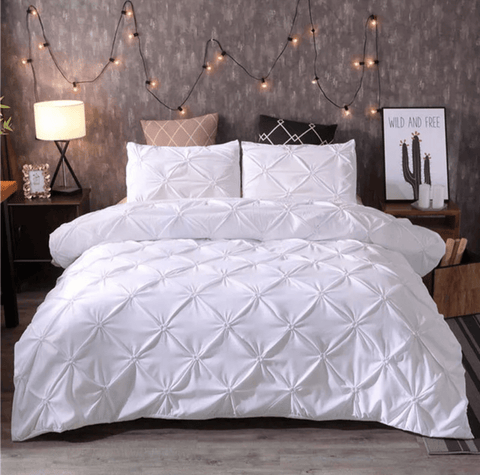 8 100%  America cotton bedding set uniquely designed and do not wither or spoil with every wash-WHITE
