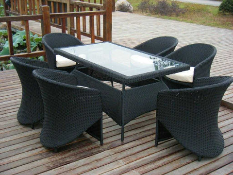 AKANDO rattan outdoor table and chair
