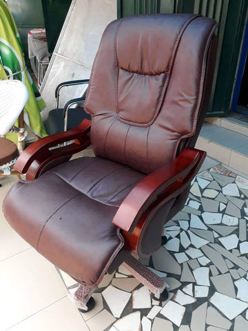 Brown Leather Chair-G9