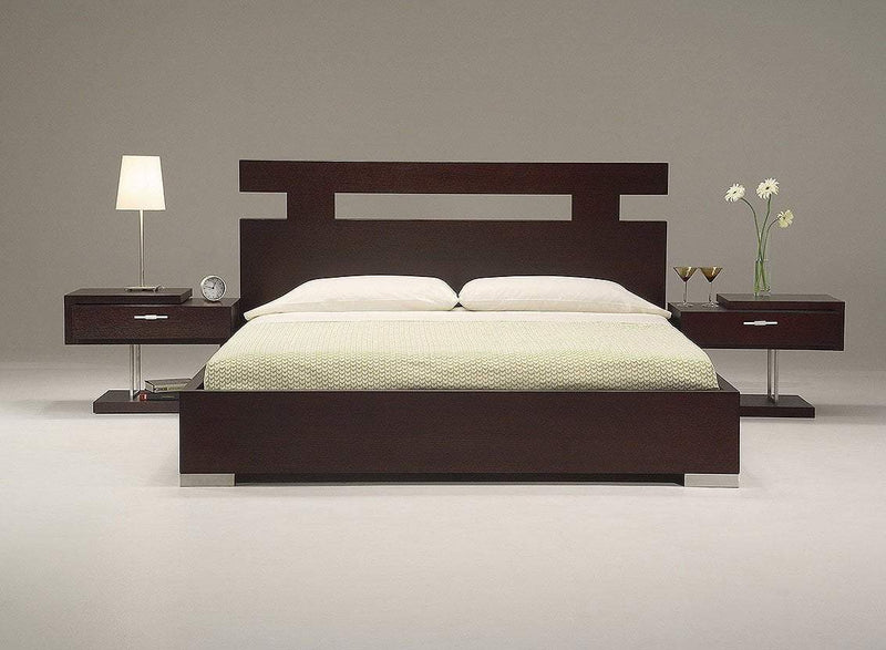 Wondrous Wooden Bed frame - 6 x 6ft
